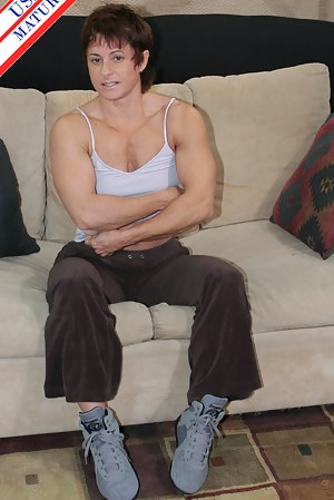 Sexy Muscle Moms Porn Pictures