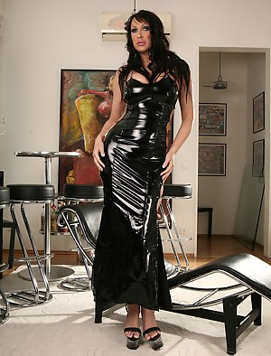 Sexy Moms Latex Porn Pictures