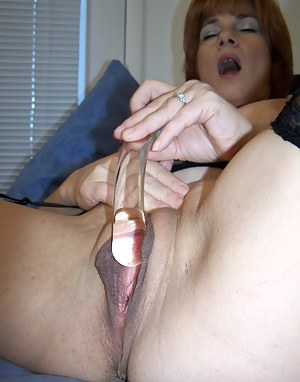 Sexy Big Pussy Moms Porn Pictures