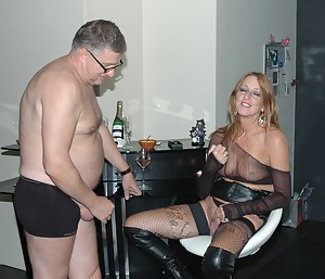 Sexy Drunk Moms Porn Pictures