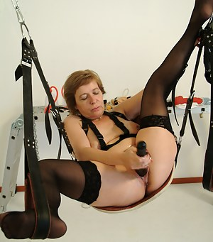 Sexy Moms BDSM Porn Pictures
