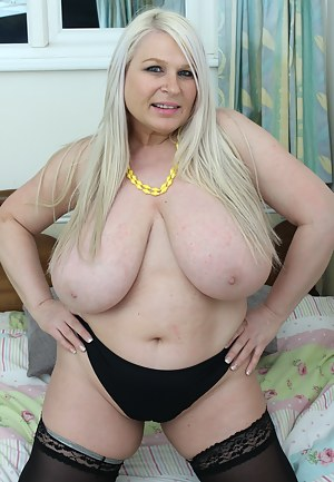 Sexy Fat Moms Tits Porn Pictures